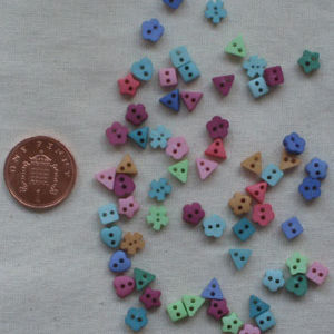 Botanicals Tiny Sew-Thru Shapes button pack