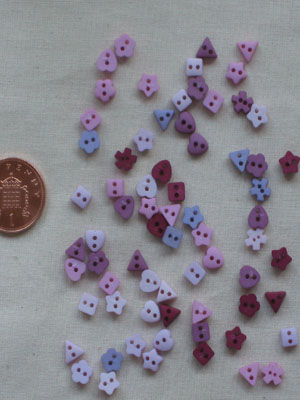 Roses Tiny Sew-Thru Shapes button pack