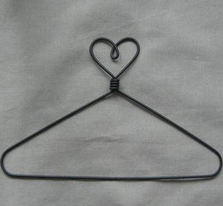 Heart Top 6 inch Wire Hanger
