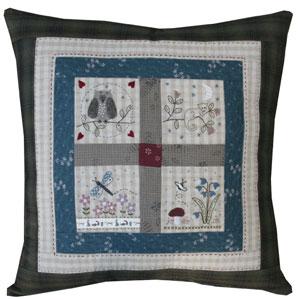 Forest Friends Cushion pattern & kit
